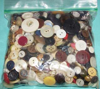 Photo showing a 1 quart bag of vintage buttons, front