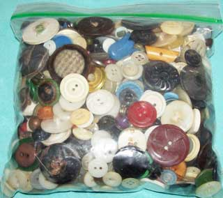 Photo showing a 1 quart bag of vintage buttons, rear